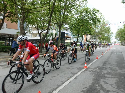 Cyclists arriving in
