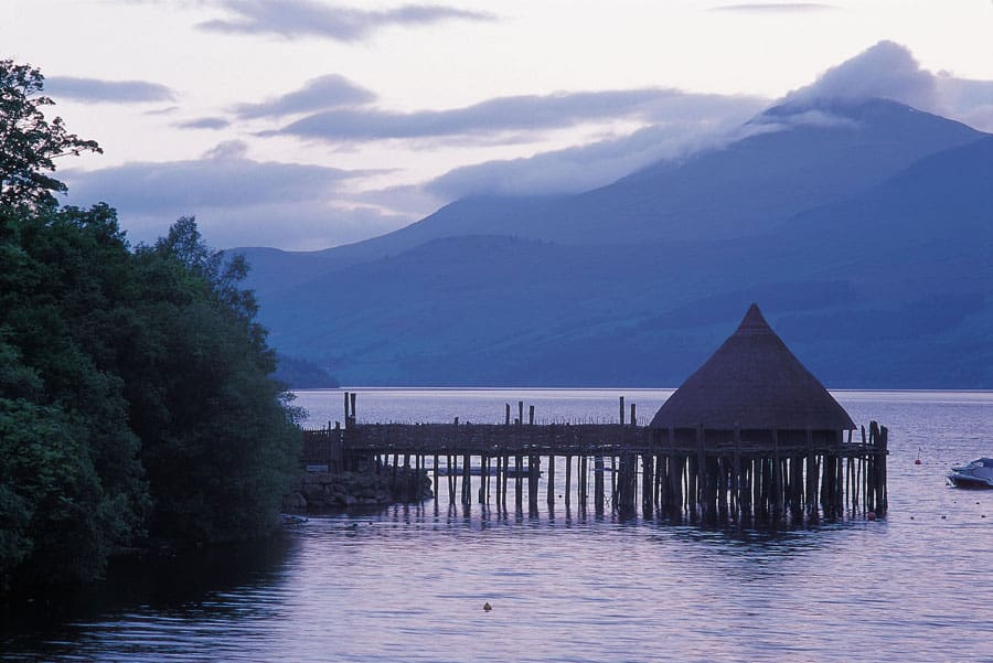THE SCOTTISH CRANNOG CENTRE, KENMORE, PERTHSHIRE. PIC: P.TOMKINS/VisitScotland/SCOTTISH VIEWPOINT Tel: +44 (0) 131 622 7174 Fax: +44 (0) 131 622 7175 E-Mail : info@scottishviewpoint.com