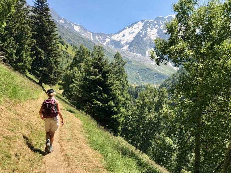 Walk from La Gruvaz via Chalets de Miage to Les Contamines-Montjoie