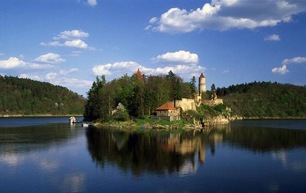 Schloss Zvikov