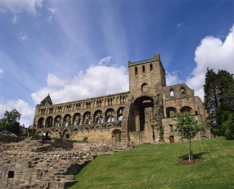 JEDBURGH ABBEY, SCOTTISH BORDERS.
